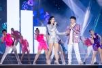 Dong Nhi coi giay, nhay cuc sung cung dan thi sinh Hoa hau Viet Nam 2018 hinh anh 3
