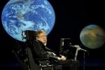 55 năm chống chọi bệnh xơ cứng teo cơ của Stephen Hawking
