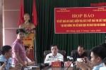 Video: Phó phòng Khảo thí ở Hà Giang mất 6 giây sửa một bài thi