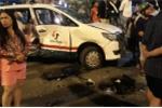 Ảnh: Hiện trường nữ tài xế ô tô BMW tông hàng loạt xe máy, người chết, bị thương nằm la liệt