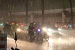 Sài Gòn mưa như trút nước, một học sinh thiệt mạng
