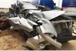 Toyota Fortuner nát bét túi khí vẫn không nổ tại Việt Nam