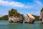 'Thiên Nga' trên vịnh Bái Tử Long bị mất đầu