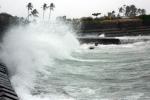 Trực tiếp: Bão số 10 giật cấp 15 tiến vào bờ biển Hà Tĩnh - Quảng Bình