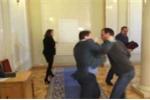 Video: Nghị sĩ Ukraine đấm nhau như 'phim hành động' ở Quốc hội