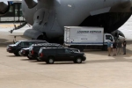 Clip: Siêu xe 'Quái thú' của Tổng thống Obama xuống Tân Sơn Nhất