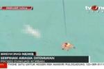 Thấy mảnh vỡ máy bay AirAsia và thi thể người trên biển Indonesia