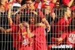 Ảnh: Người hâm mộ vỡ òa khi U23 Việt Nam ghi bàn gỡ hòa 2-2