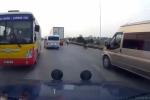 Clip: Xe buýt ngông nghênh chạy ngược chiều trên quốc lộ ở Bắc Ninh
