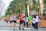 7.000 van dong vien, nguoi dan tranh tai Marathon quoc te 2018 hinh anh 2