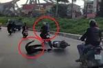 Clip: Xe máy ngông nghênh đánh võng, gây tai nạn rồi tăng ga bỏ chạy