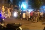 Bị CSGT truy đuổi, 2 thanh niên vứt ma tuý, súng xuống đường ở TP.HCM
