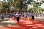 Video: Vũ điệu sôi động của cô trò Hà Tĩnh trong ngày khai giảng năm học mới