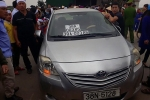 Cán bộ công an lái ôtô biển số giả bị giáng cấp