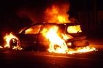 Cả ngàn xe ô tô bị đốt khi người Pháp đón năm mới