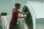 Clip: Đạo chích đập vỡ kính ô tô trong 1 giây, trộm đồ gây sốc