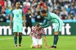 Tin tức Euro 2016 28/6: Ronaldo đúng là 'soái ca' của Euro 2016