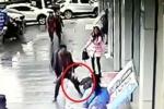 'Soái ca' đánh cướp bầm dập, giải cứu 'mỹ nhân'