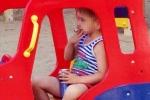 Cậu bé 5 tuổi ở Nga hút thuốc, uống bia 'như người lớn'