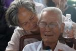 Lễ tang cố Thủ tướng Phan Văn Khải: Người bạn già không đứng vững, òa khóc trước linh cữu