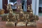 Gặp người đúc 1.000 tượng mẹ Âu Cơ làm quà tặng APEC