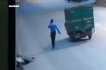 Tài xế gây tai nạn bỏ mặc nạn nhân chảy máu đến chết, người qua đường dừng lại 'hôi của'