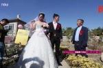 Cặp đôi tổ chức đám cưới ở nghĩa trang và lý do đặc biệt không ngờ