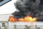Công ty sản xuất đế giày ở Hải Phòng bốc cháy dữ dội