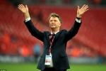 Manchester United chính thức sa thải Van Gaal
