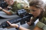 Vẻ đẹp khó rời mắt của các nữ binh sỹ 9x đầu tiên trong quân đội Na Uy
