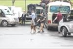 Video: Đặc vụ Mỹ, chó nghiệp vụ kiểm tra mọi ngóc ngách từng xe vào khách sạn Marriott