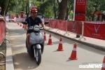 Video: Dân Hà Nội thích thú lái thử xe điện Klara của VinFast