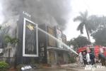 Ảnh: Hiện trường vụ cháy quán karaoke gần khu đô thị Linh Đàm