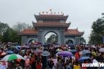 Hang van du khach do ve Bac Ninh du Hoi Lim, doi mua nghe dan ca quan ho hinh anh 2