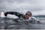 Choáng với kỷ lục bơi liên tục hơn 5 tháng không lên bờ