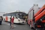 Video: Dựng lại hiện trường vụ tai nạn xe cứu hỏa - xe khách trên cao tốc Pháp Vân