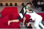 Từ Hiểu Đông đánh bại võ sỹ Vịnh Xuân thách đấu, Flores có dám đấu Trương Đình Hoàng?