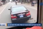 Lạng lách chèn ép xe khách, tài xế xe biển xanh bị phạt nguội