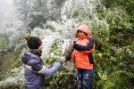 Băng giá xuất hiện gần đỉnh Phan Xi Păng: Sapa sẽ có tuyết rơi vài ngày tới?