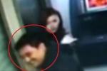Clip: Hành động hào hiệp của tên cướp khiến cô gái xinh đẹp 'đứng hình'