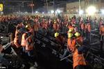 Video: Công nhân Trung Quốc nối 3 đường ray cho nhà ga mới chỉ trong 9 tiếng