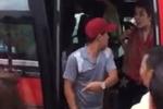 Sự thật clip nam phụ xe ném balo, đuổi nữ du khách nước ngoài xuống đường