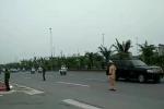 Video: Đoàn xe chở ông Tập Cận Bình lăn bánh về trung tâm Hà Nội