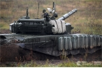 Xe tang T-72 cua Nga sau khi 'cai lao hoan dong' manh the nao? hinh anh 2