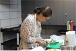 Nhật ký bỏ việc, ở nhà chăm con (kỳ 2): Bà ngoại về quê, khó khăn bắt đầu