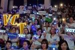 Fan Vũ Cát Tường cùng nhau phủ xanh khán phòng Chung kết 'Giọng hát Việt nhí 2017'