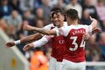 Video kết quả Newcastle 1-2 Arsenal: Ozil lập công trong ngày đặc biệt