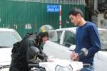 Clip: CSCĐ Hà Nội ra quân xử phạt người vi phạm giao thông vào ban ngày