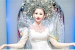 Á khôi Chi Nguyễn khoe dáng yêu kiều tại chương trình thiện nguyện
