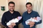 Hai anh em sinh đôi lên chức bố trong cùng một ngày